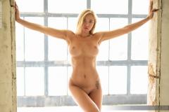 Fabiana-Big-Tits-Blonde-in-White-Minidress-for-Photodromm-009