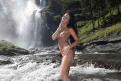 Gabriella-all-action-in-a-mountain-stream-for-ActionGirls-013