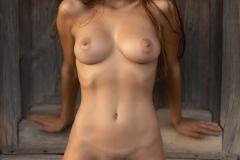Gloria-Big-Tit-Fitness-Babe-in-Black-Bikini-for-Photodromm-012