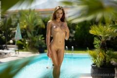 Gloria-Big-Tits-in-Frilly-Bikini-at-the-Pool-for-Photodromm-007