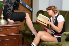 Headmistress Mackenzie Stays in Charge at School 01