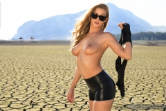 Heather Nice Boobs and Tiny Black Shorts in the desert for Photodromm 004