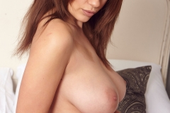 Holly Peers Big Tits  Get Ready for Bed 005