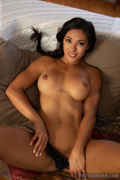 Irene-Big-Tit-Fit-Girl-in-Black-Lingerie-for-Phtodromm-005