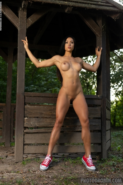 Irene-Big-Tits-Get-Fir-in-the-Forest-for-Photodromm-008