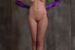 Jacqueline-Big-Tits-with-Violet-Gloves-and-Violets-for-Body-in-Mind-001