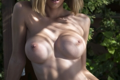 Jennifer Ann Big Boobs in a Tight Bikini 008