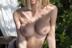 Jennifer Ann Big Boobs in a Tight Bikini 010