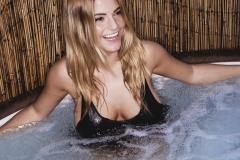 Jessica Kingham Big Boobs in the Hot Tub 01