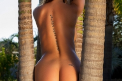 Justyna Big Naked Tits Black Swimsuit and Heels for Photodromm 011