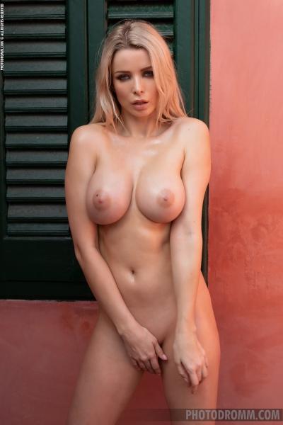 Katya-Big-Tit-Blonde-in-Little-Black-Panties-for-Photodromm-011