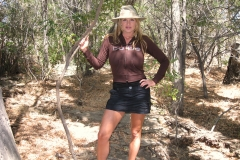 Kelly Madison Huge Boob Come Out in the Outback 001