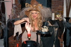 Kelly Madison Huge Tit White Witch in Costume 005