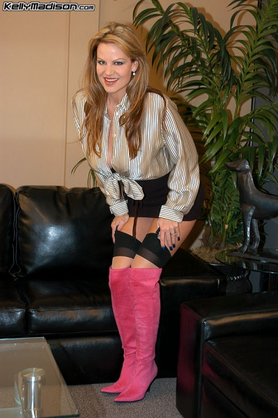 Kelly-Madison-Huge-Tits-and-Pink-Thigh-High-Boots-002