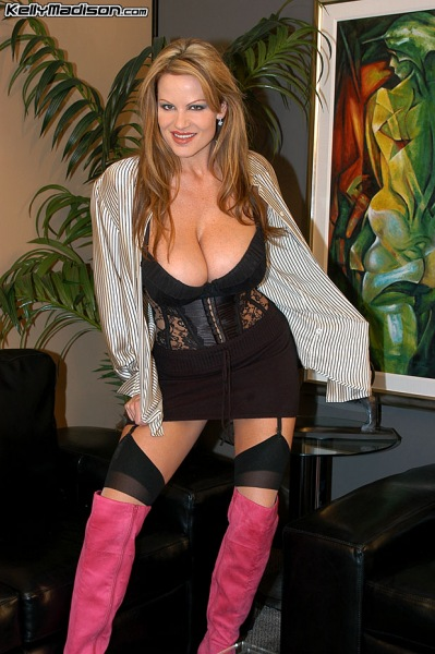 Kelly-Madison-Huge-Tits-and-Pink-Thigh-High-Boots-005