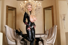 Kelly-Madison-Huge-Tits-in-Latex-Catsuit-05