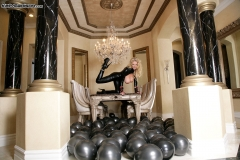 Kelly-Madison-Huge-Tits-in-Latex-Catsuit-08