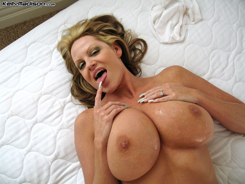 Kelly-Madison-Huge-Tits-in-White-Tshirt-and-Panties-011