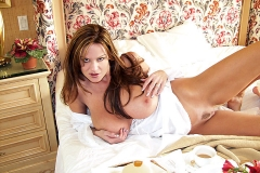 Kelly Madison Huge Tits Invite you to Bed 013