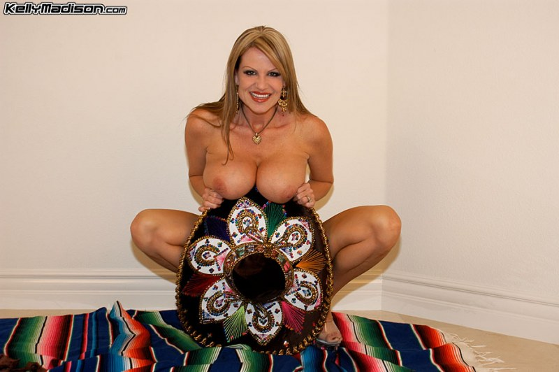 Kelly-Madison-Huge-Tits-Under-a-Sombrero-014