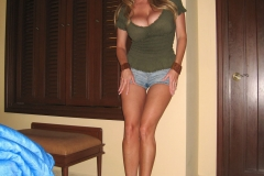 Kelly Madison Massive Tits in Green Tshirt and Denim Shorts 003