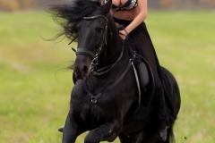 Kitana Lure Big Boob Amazon on a Horse 006