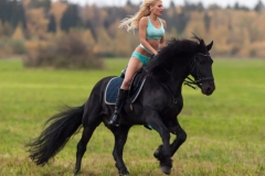 Kitana Lure Big Boob Amazon on a Horse 007