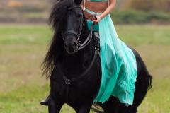 Kitana Lure Big Boob Amazon on a Horse 016