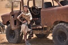 Kleio Valentien Big Tit Desert Lesbian Warrior 001