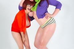 Lana-Kendrick-and-Tessa-Fowler-Huge-Tit-Daphne-and-Thelma-002
