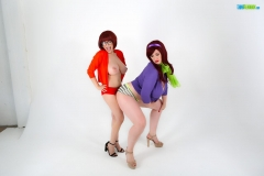 Lana-Kendrick-and-Tessa-Fowler-Huge-Tit-Daphne-and-Thelma-008