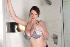 Lana Kendrick Huge Boobs Get Naked in the Shower 003
