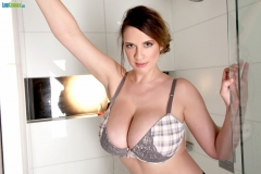 Lana Kendrick Huge Boobs Get Naked in the Shower 008