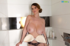 Lana Kendrick Huge Boobs Get Naked in the Shower 009