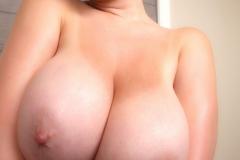 Lana Kendrick Huge Naked Tit Bathtime 009