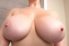 Lana Kendrick Huge Naked Tit Bathtime 010