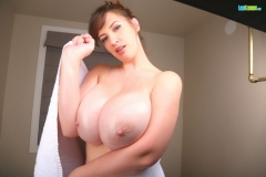Lana Kendrick Huge Naked Tit Bathtime 017