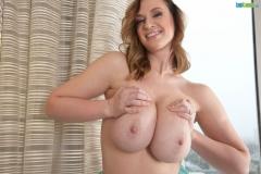Lana Kendrick Huge Tits in Turquoise Bra 023