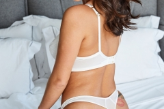 Lauren-Louise-Big-Tits-White-Bra-and-a-Bed-017