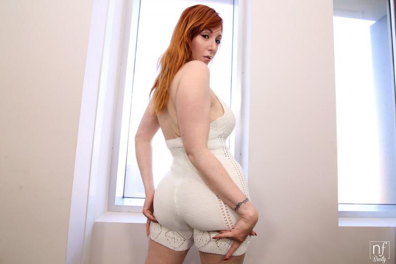 Lauren-Phillips-Big-Tits-in-White-Catsuit-008