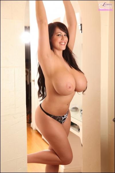Leanne-Crow-Huge-Boobs-in-Formal-Black-Tie-bra-006