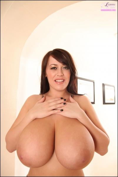 Leanne-Crow-Huge-Boobs-in-Formal-Black-Tie-bra-010