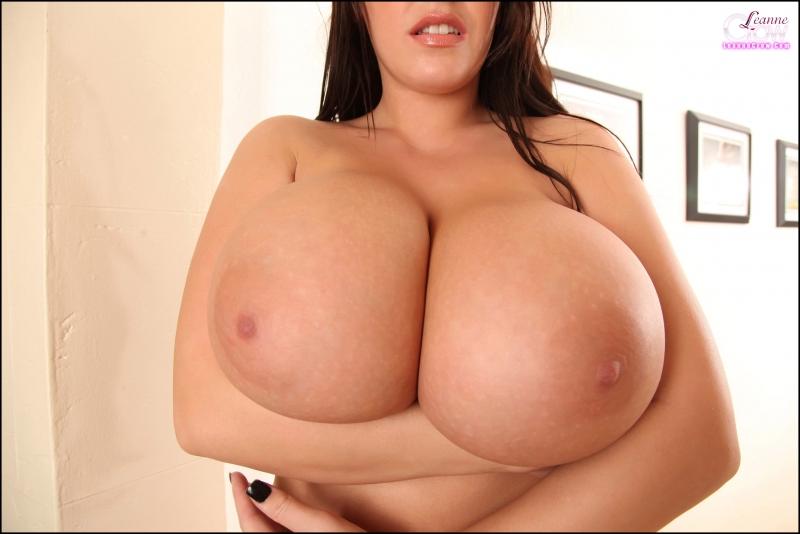 Leanne-Crow-Huge-Boobs-in-Formal-Black-Tie-bra-012