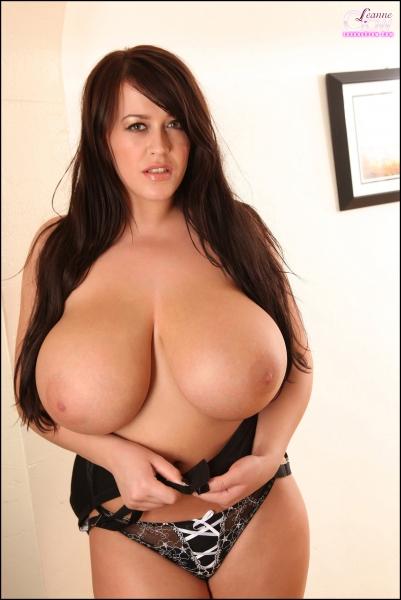 Leanne-Crow-Huge-Boobs-in-Formal-Black-Tie-bra-016