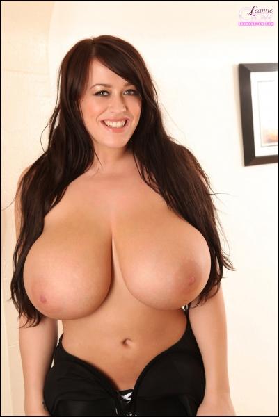 Leanne-Crow-Huge-Boobs-in-Formal-Black-Tie-bra-017