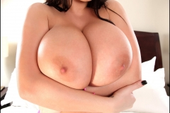 Leanne Crow Huge breasts Pink Bra and Panties 107