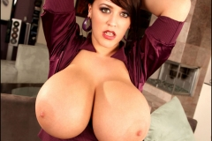 Leanne Crow Huge Cleavage Purple Top11