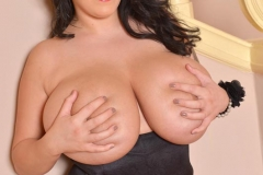 Leanne Crow Huge Tits in a Red Bra 07