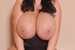 Leanne Crow Huge Tits in a Red Bra 08