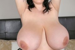 Leanne Crow Huge Tits in Black Nighty 014